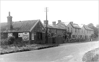 Forge and Brewery Cottages, Cambridge Road, c1905
