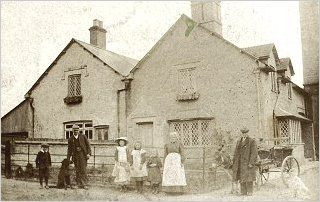 Woodyard Cottages c1908