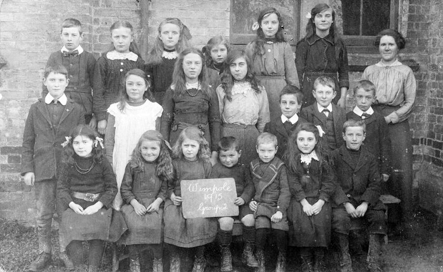 Wimpole Church of England School, Pupils 1915 (Group 2)